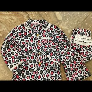 ⭐️5 for $20⭐️Juicy Couture pajamas size 4T
